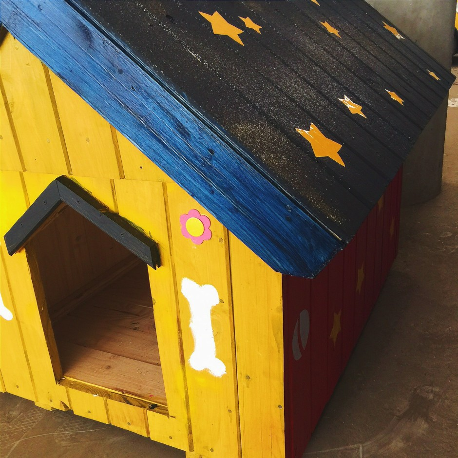 Our diy disney dog kennel mish informed for Dog boarding at disney world